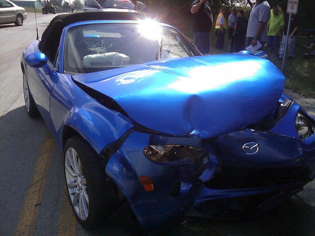 Какво се случва, ако при настъпване на ПТП карам без книжка?